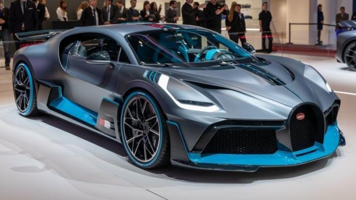 10 самых дорогих из свежевыпущенных автомобилей