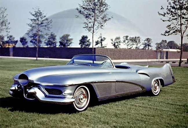 Концепт-кар Buick LeSabre 1951 года