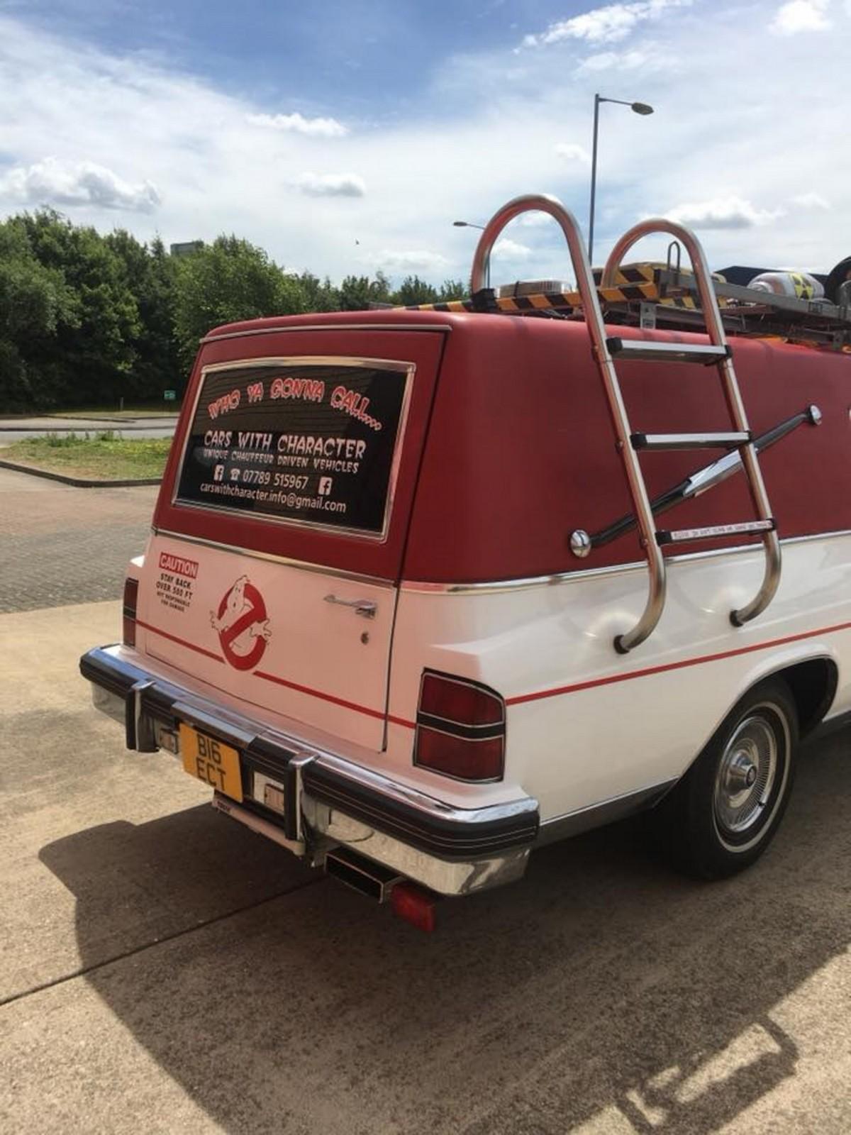 Британец превратил катафалк с eBay в машину охотников за привидениями