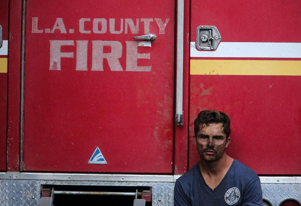 Мощные пожары бушуют в Калифорнии