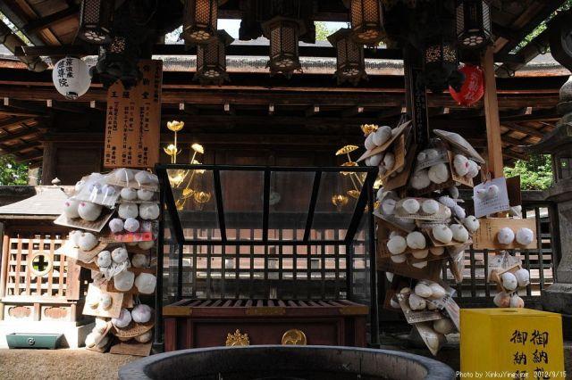 Японский храм Дзисон-ин, посвященный женскому бюсту
