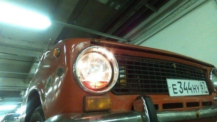 Что автомобилисты СССР заливали в фары автомобиля