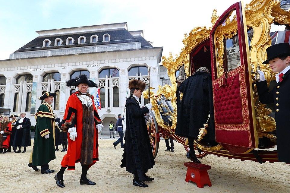 Шоу в честь выборов лорд-мэра прошло в Лондоне