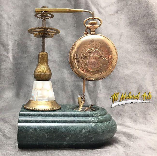 Потрясающие стимпанк скульптуры из старых деталей часов