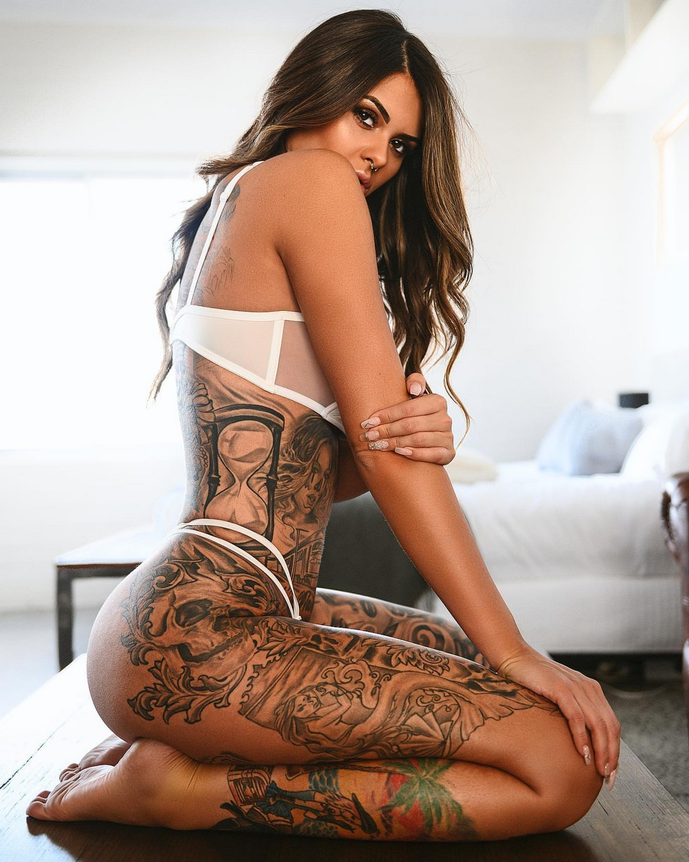 Красивые девушки с татуировками
