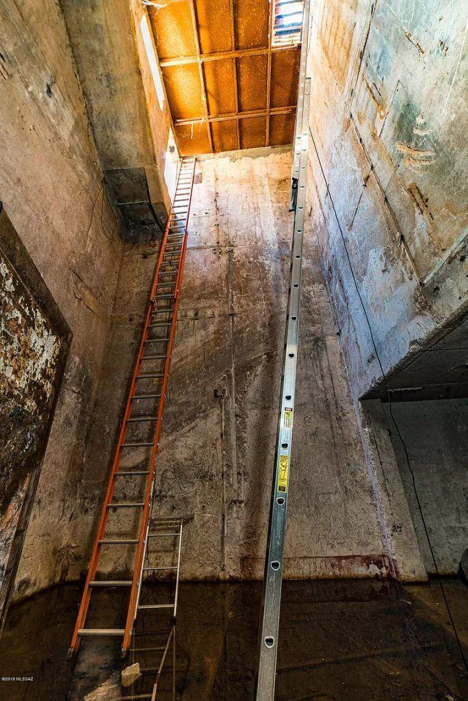 Подземный бункер с шахтой для запуска ядерных ракет выставлен на продажу