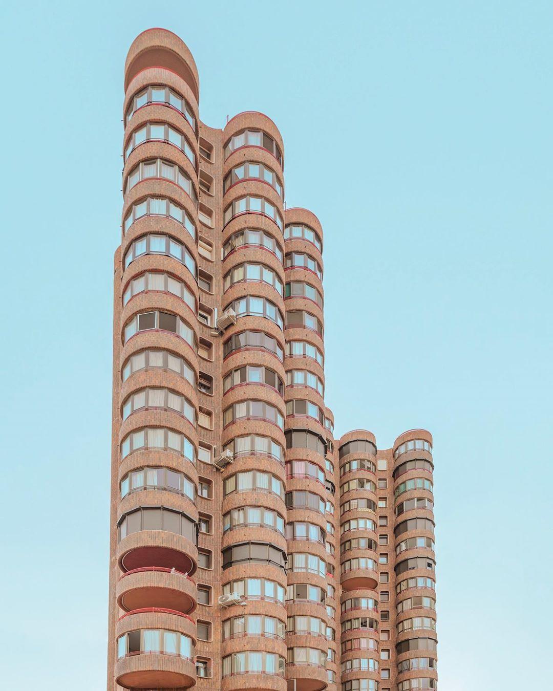 Архитектура и уличные снимки от Роберто Алькараса