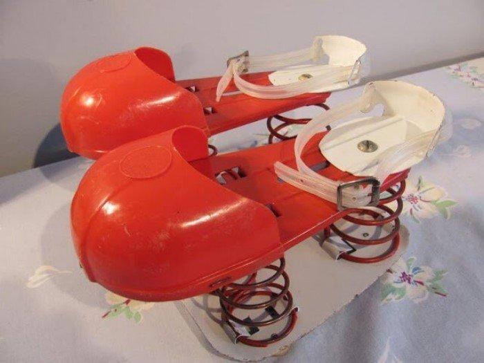 Игрушечные ракетные лунные ботинки