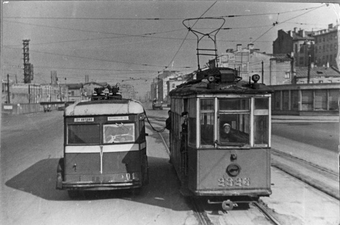 Первые троллейбусы Ленинграда
