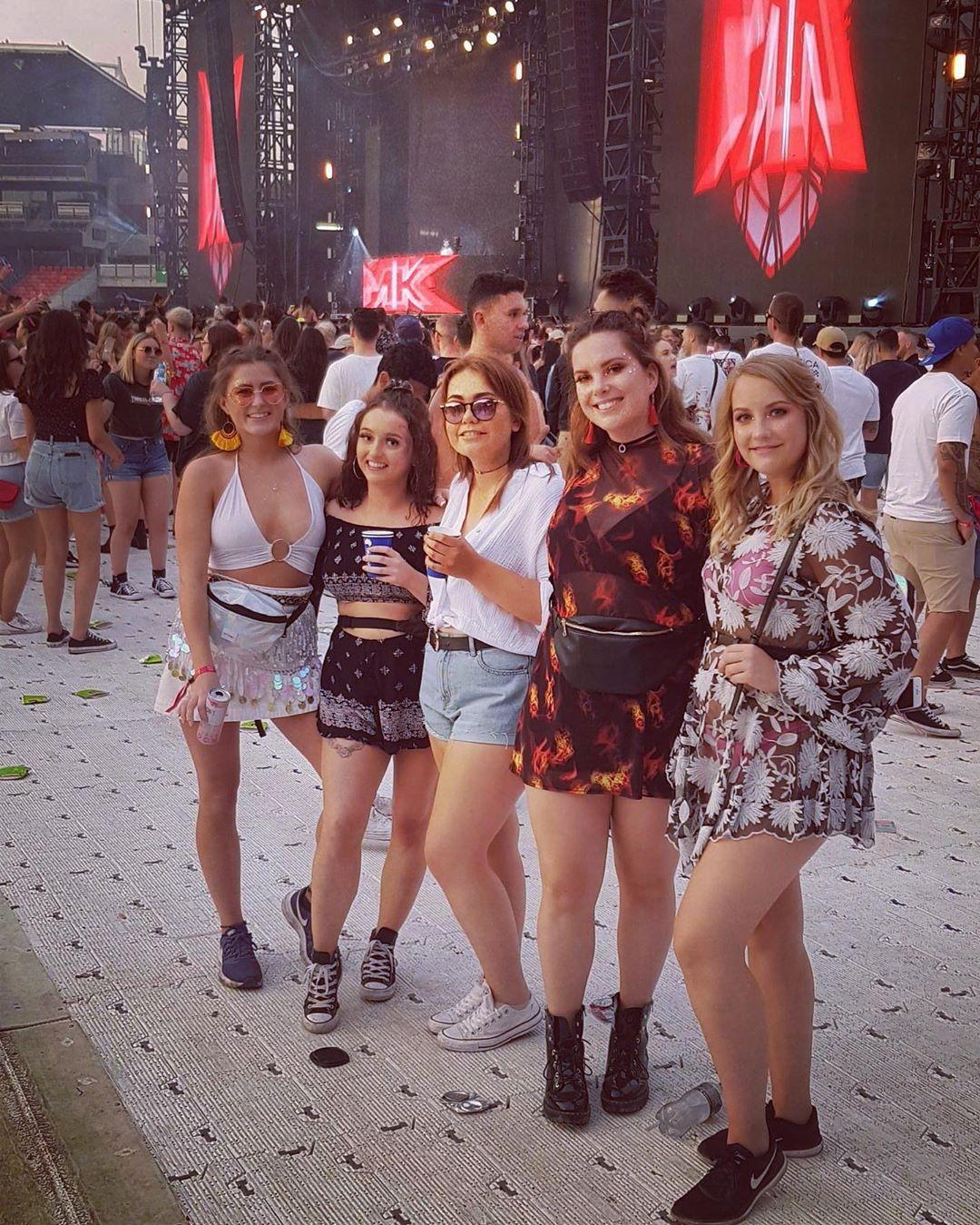 Посетители музыкального Festival X в Сиднее