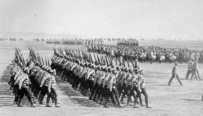 Иностранные правители, которые отслужили в армии России