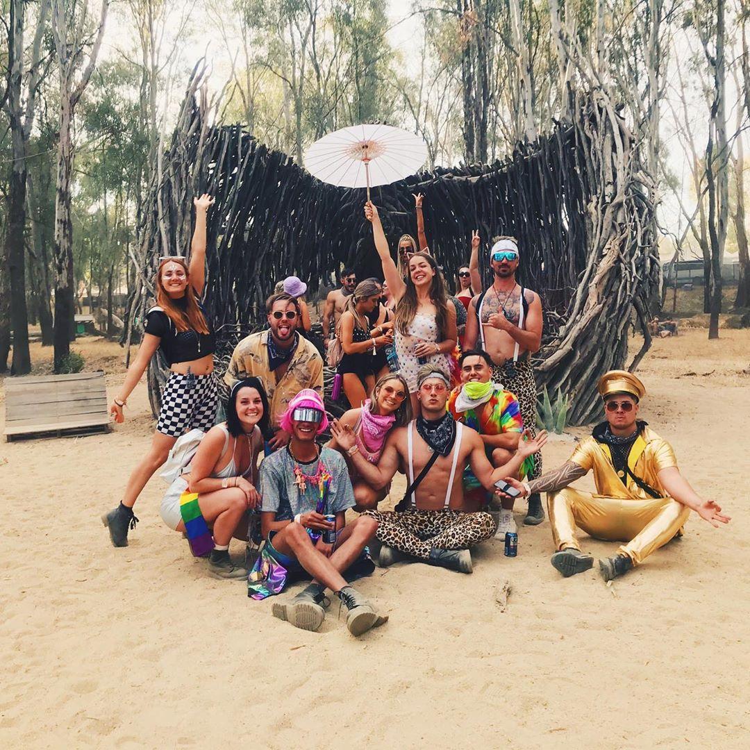 Посетители фестиваля Strawberry Fields в Австралии