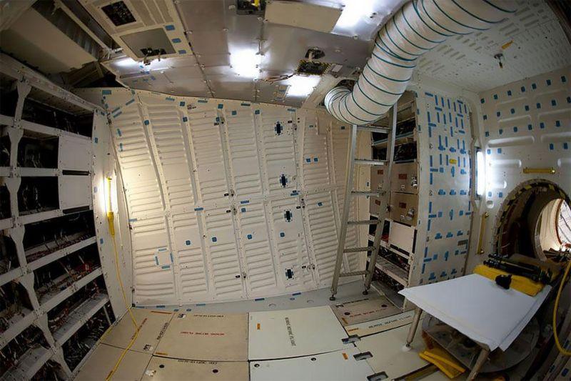 Внутри последнего космического челнока Индевор, отлетавшего 20 лет