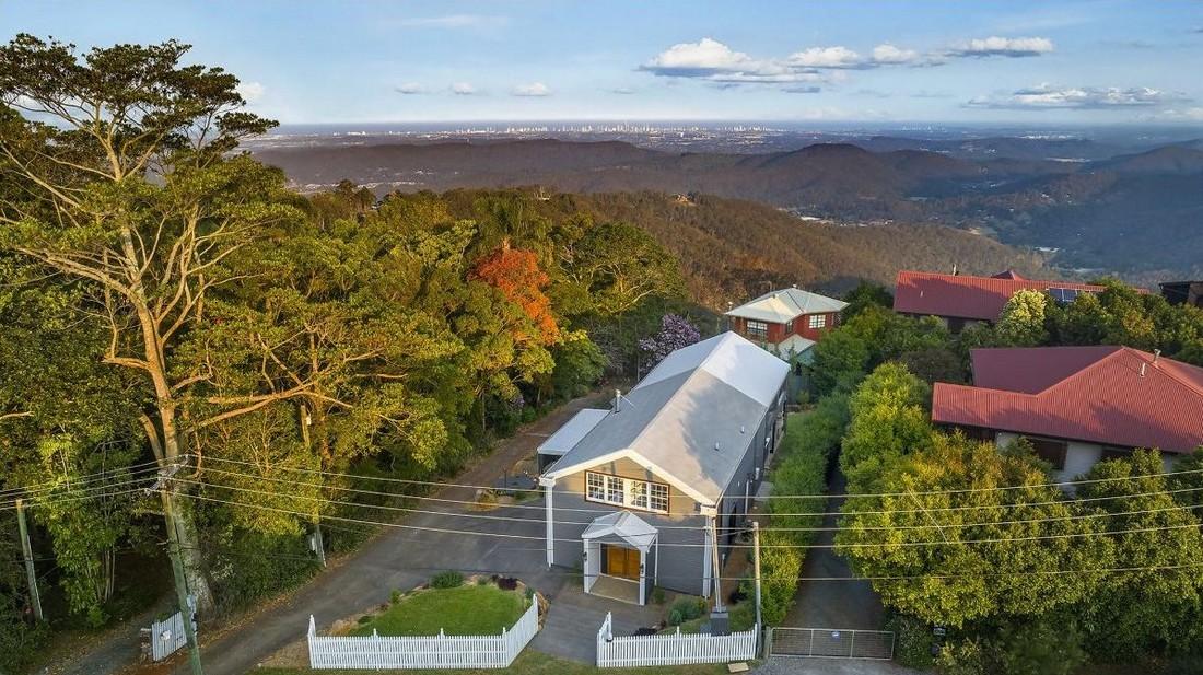 Австралиец переделал старый амбар в роскошный семейный дом
