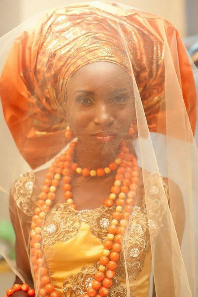 Наряды жениха и невесты в разных странах мира