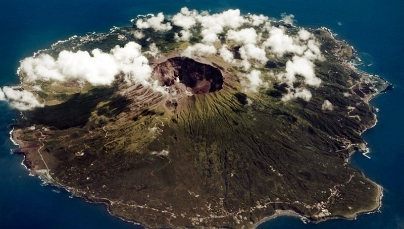 Самые странные и необычные острова в мире
