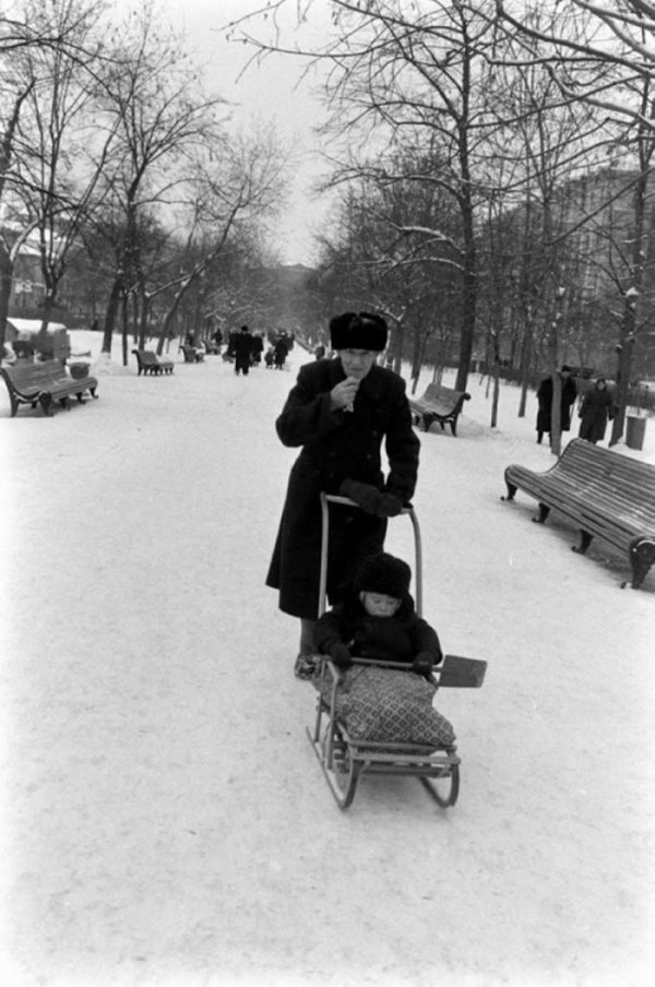Зимние катания на санках в СССР