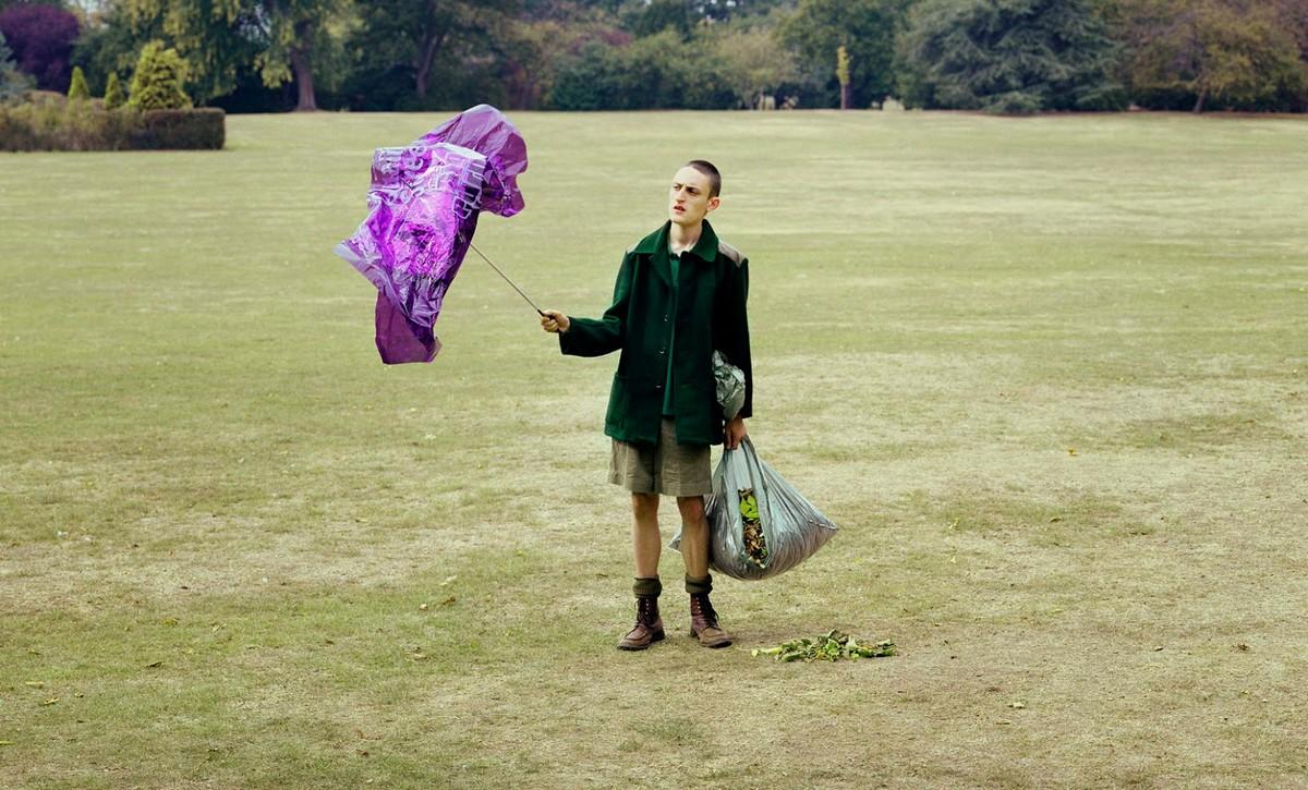 Британский юмор и сюрреализм на снимках Дэвида Стюарта