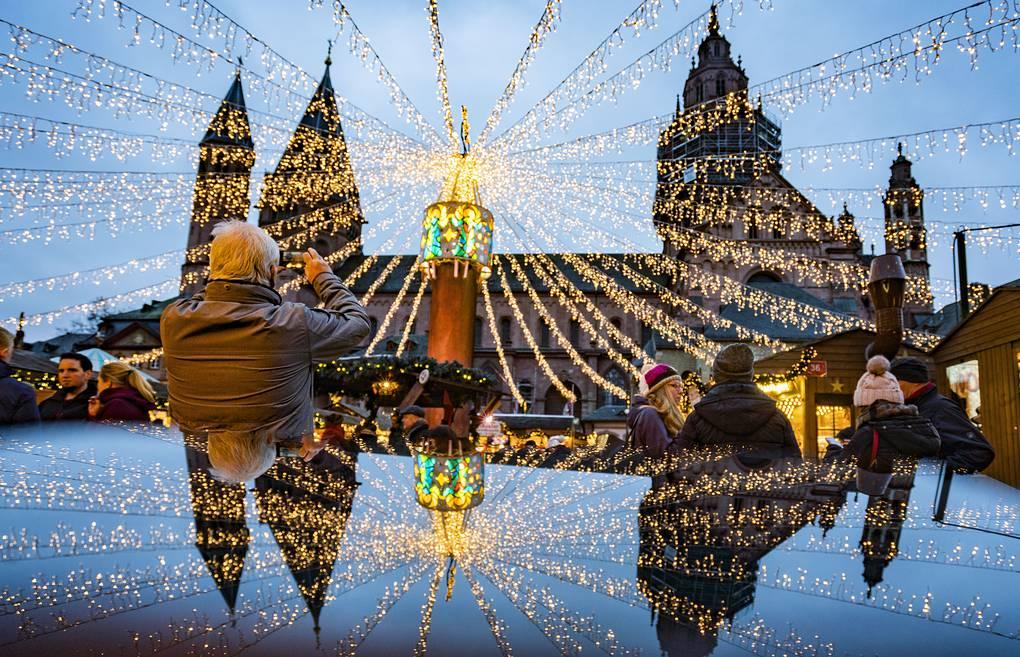 Рождественское и новогоднее оформление городов мира
