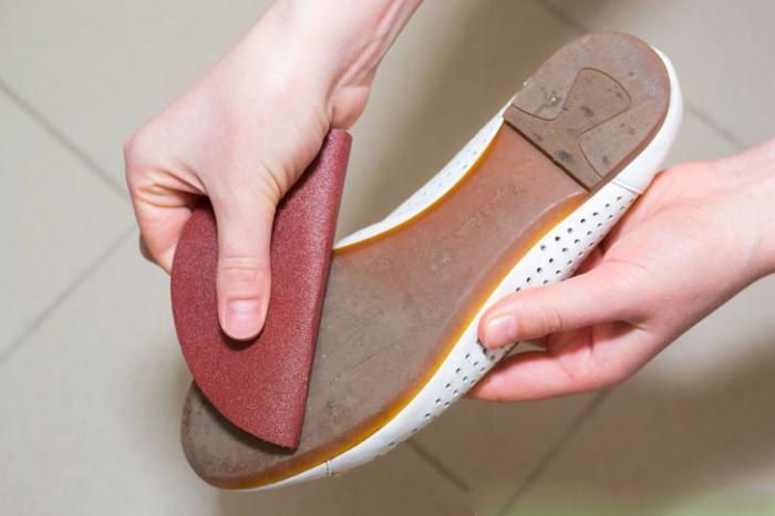 Как доработать обувь, чтобы она не скользила зимой