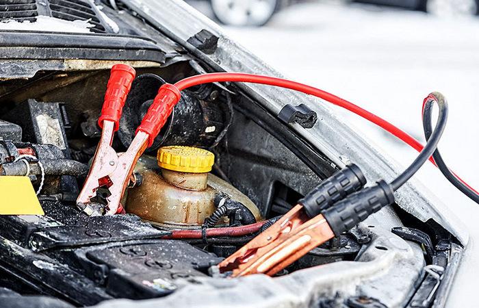 Как решить проблему разряжающегося аккумулятора автомобиля