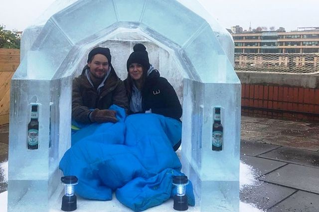 Необычный иглу-отель из замороженного пива в Лондоне
