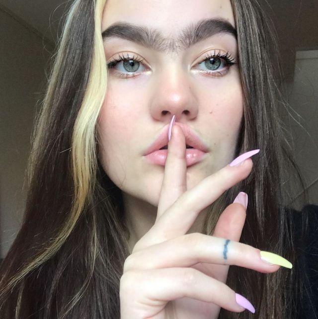 Бровастая визажистка из Дании покорила Instagram