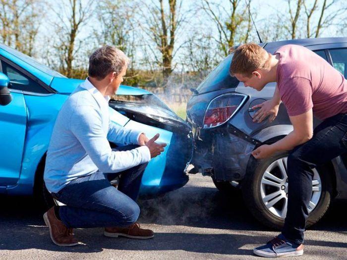 Как остановить автомобиль, у которого отказали тормоза