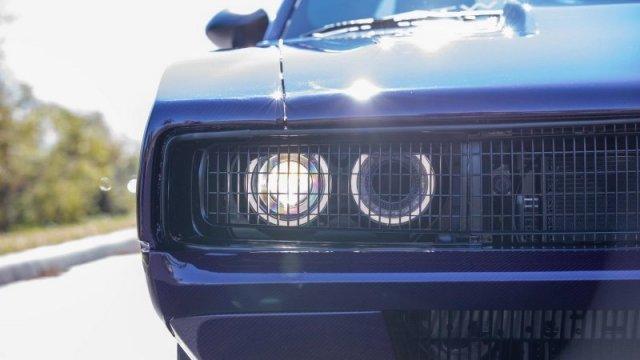 Модифицированный Dodge Challenger Hellcat в дизайне классического Charger