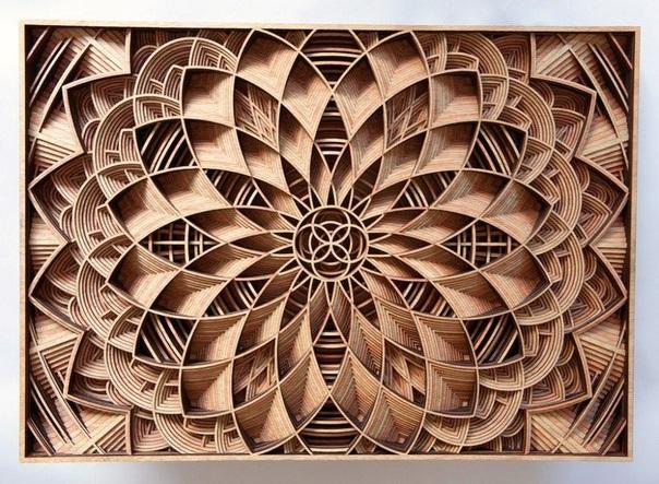 Мандалы из дерева от американского художника Габриэля Шама