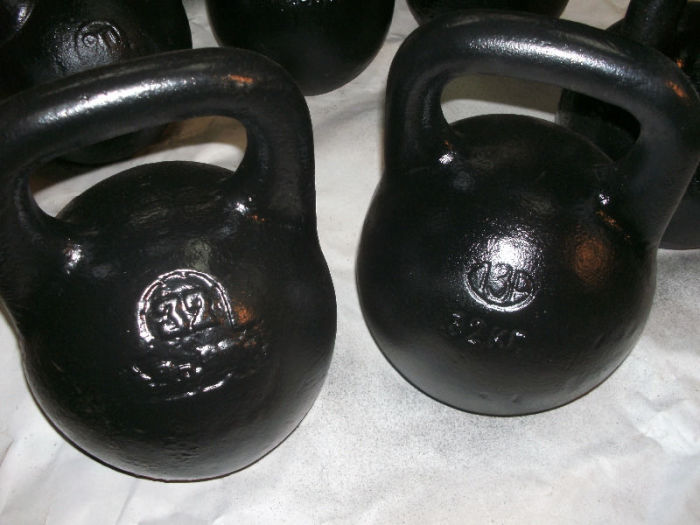 Почему гири для упражнений имеют строго определенную массу