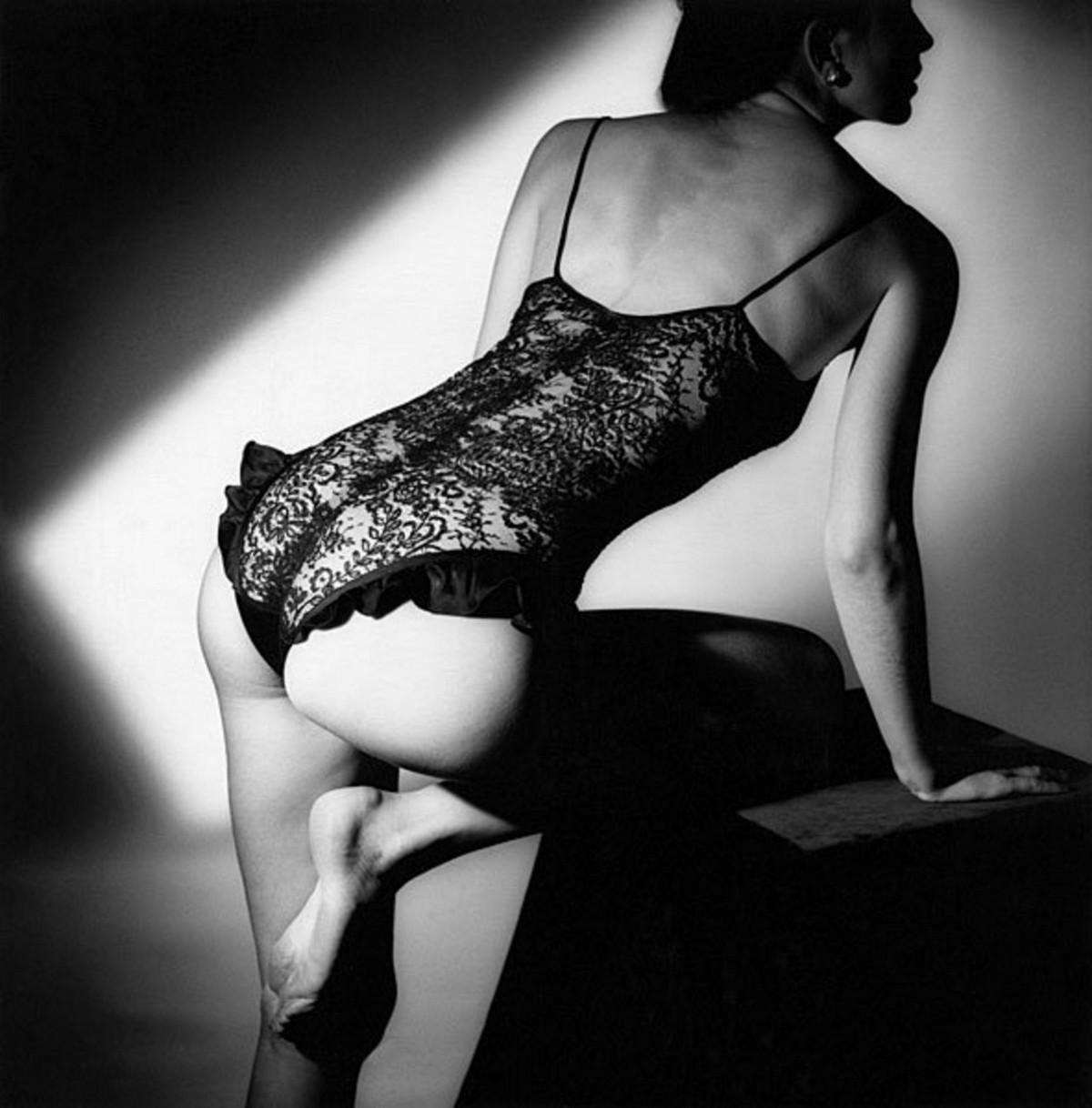 Классические фотографии женщин со спины от мастеров
