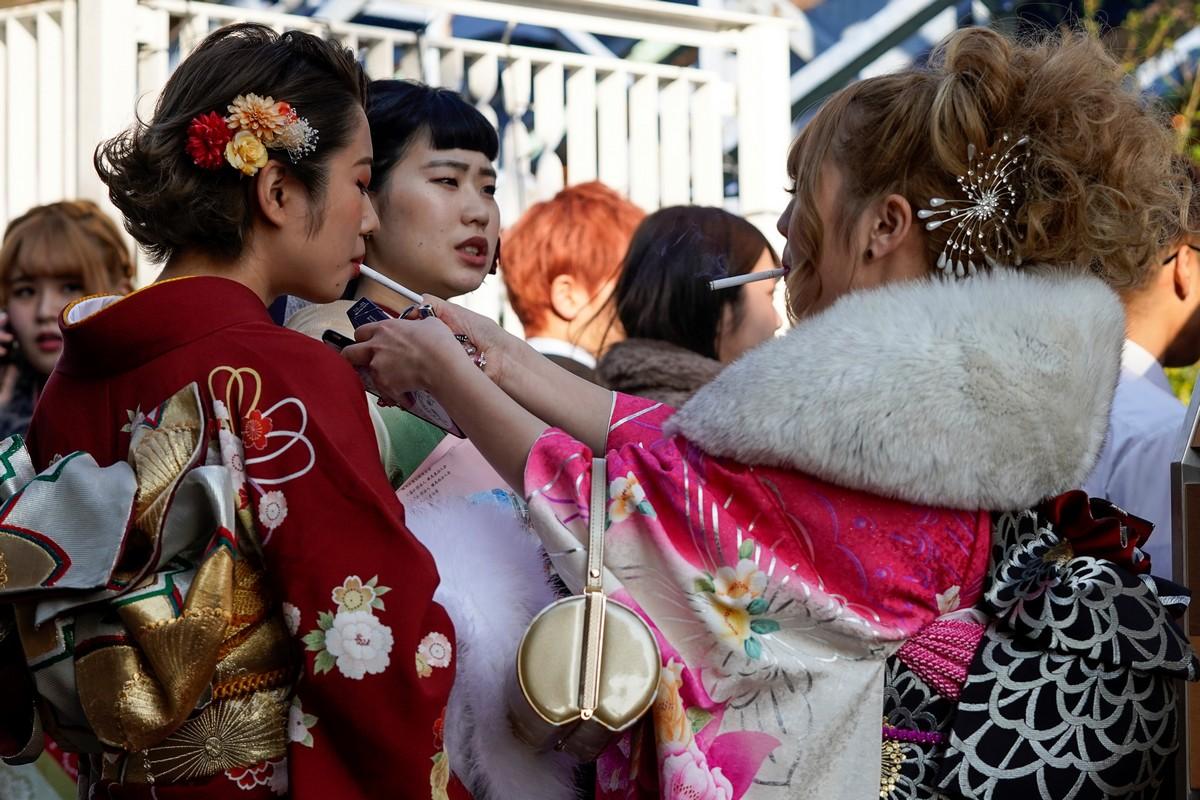 Молодые японцы отмечают День совершеннолетия 2020