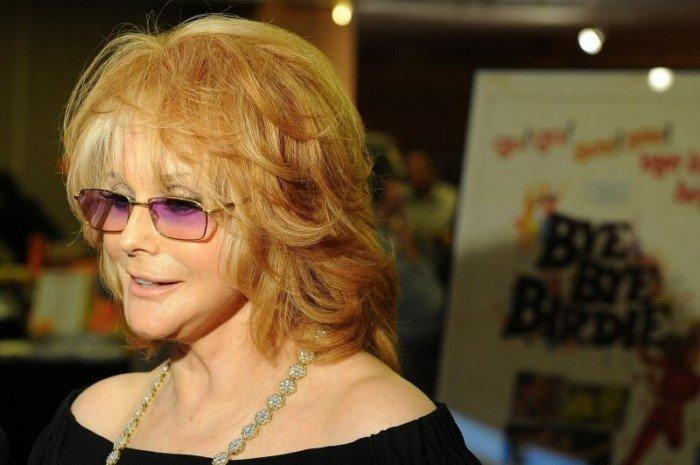 10 знаменитостей, которые к удивлению многих все еще живы