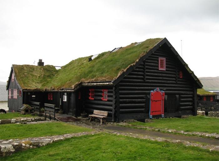 Где находятся и как выглядят самые старые жилые дома