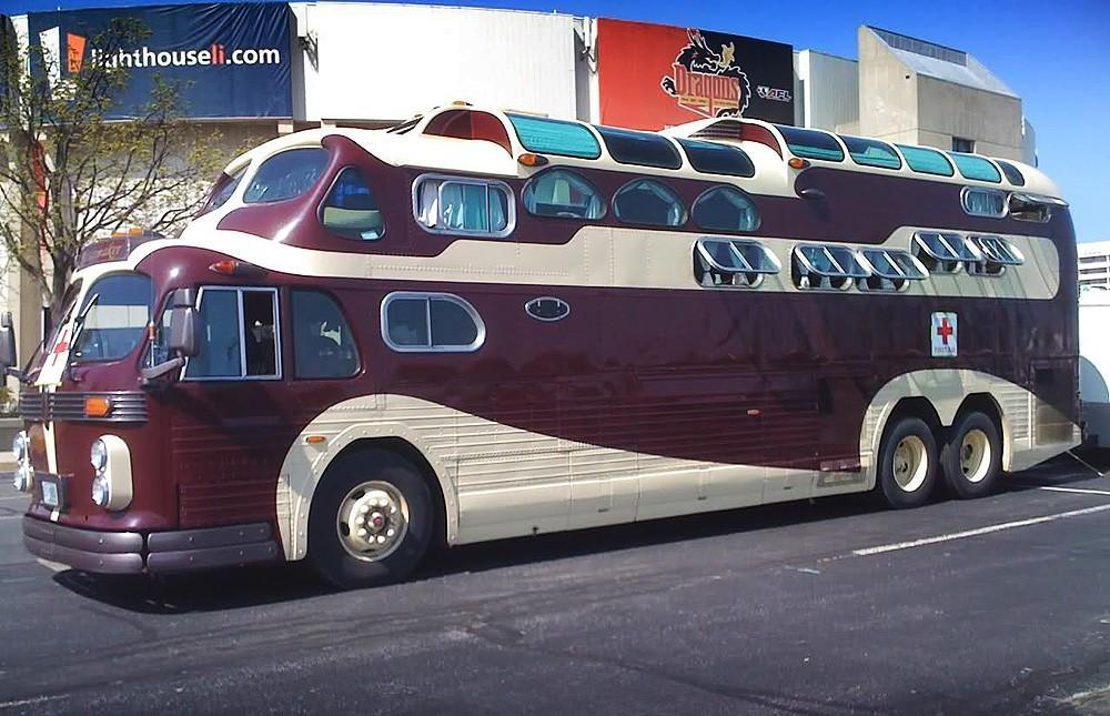 Подборка самых смешных моделей автобусов
