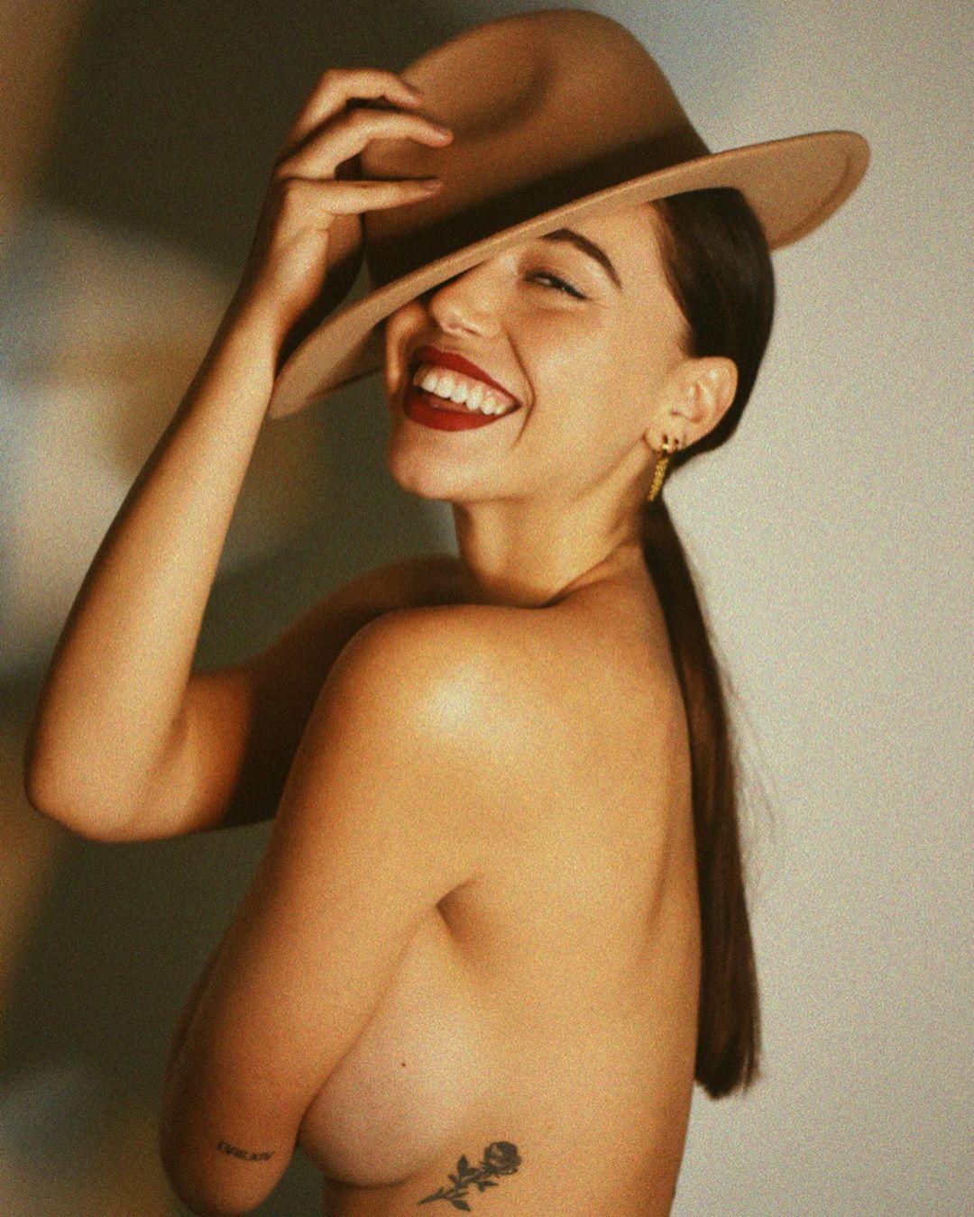 Чувственные снимки девушек от Мелиссы Картахена