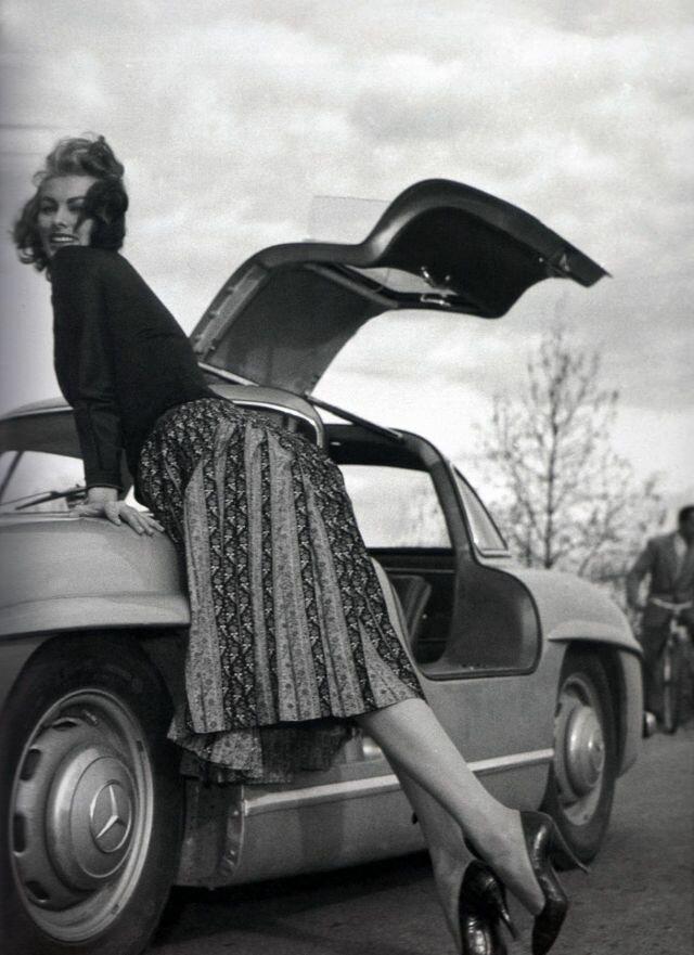 Роскошная Софи Лорен и ее Mercedes-Benz 300SL