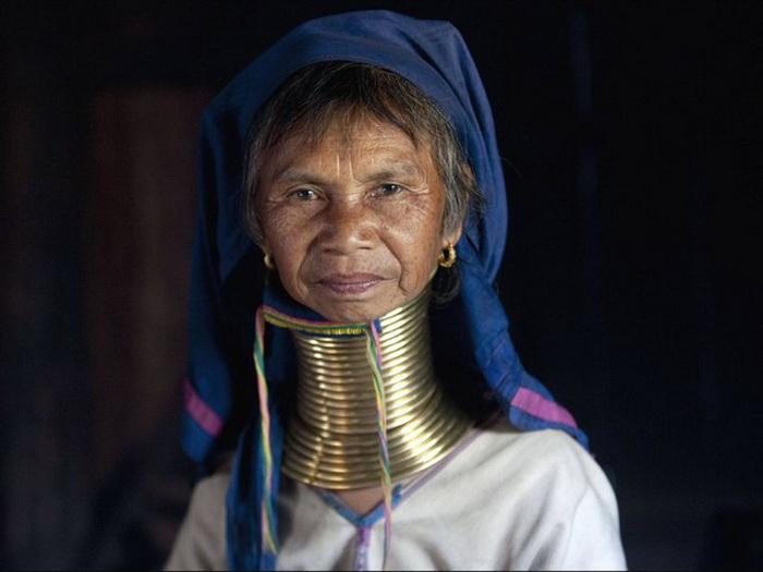 На какие испытания ради красоты готовы женщины из разных стран