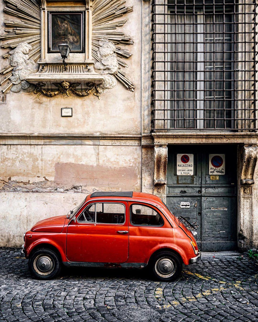 Уличные снимки из путешествий Алекса Зоуаги