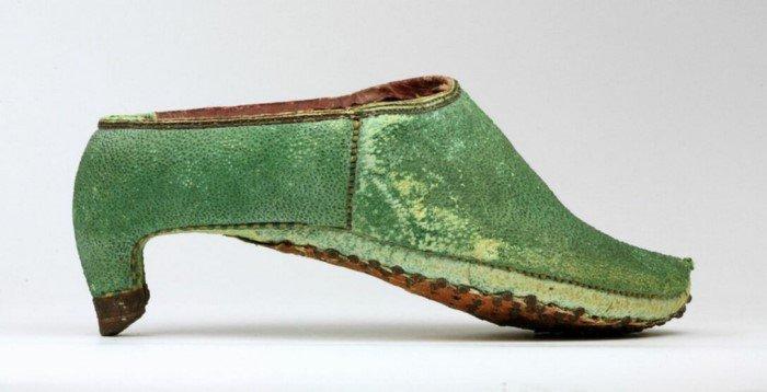Для чего были придуманы каблуки?