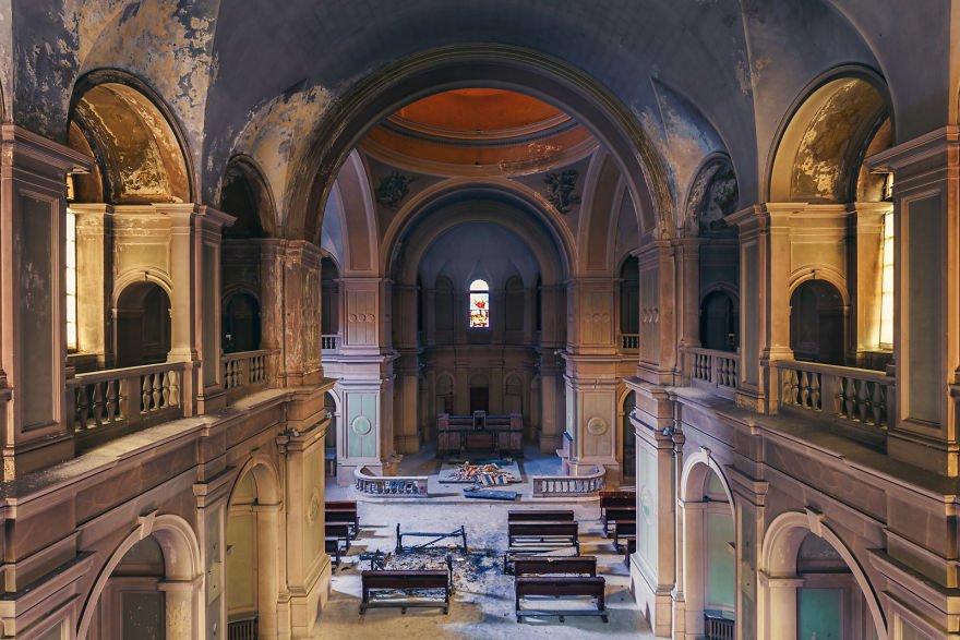 Заброшенные церкви Италии от немецкого фотографа