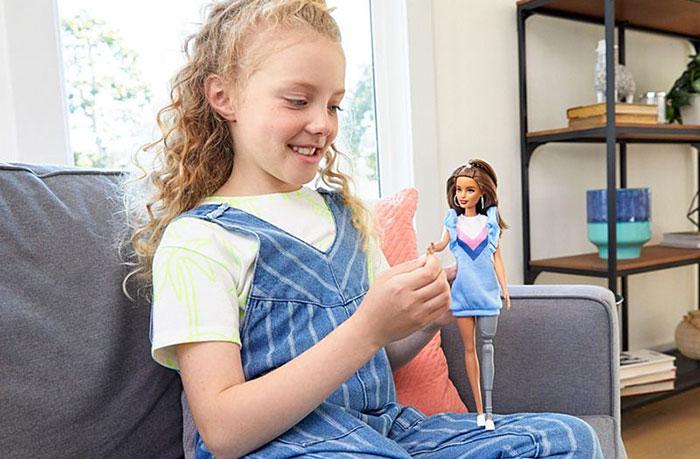 Куклы Барби подчеркивают важность разнообразия