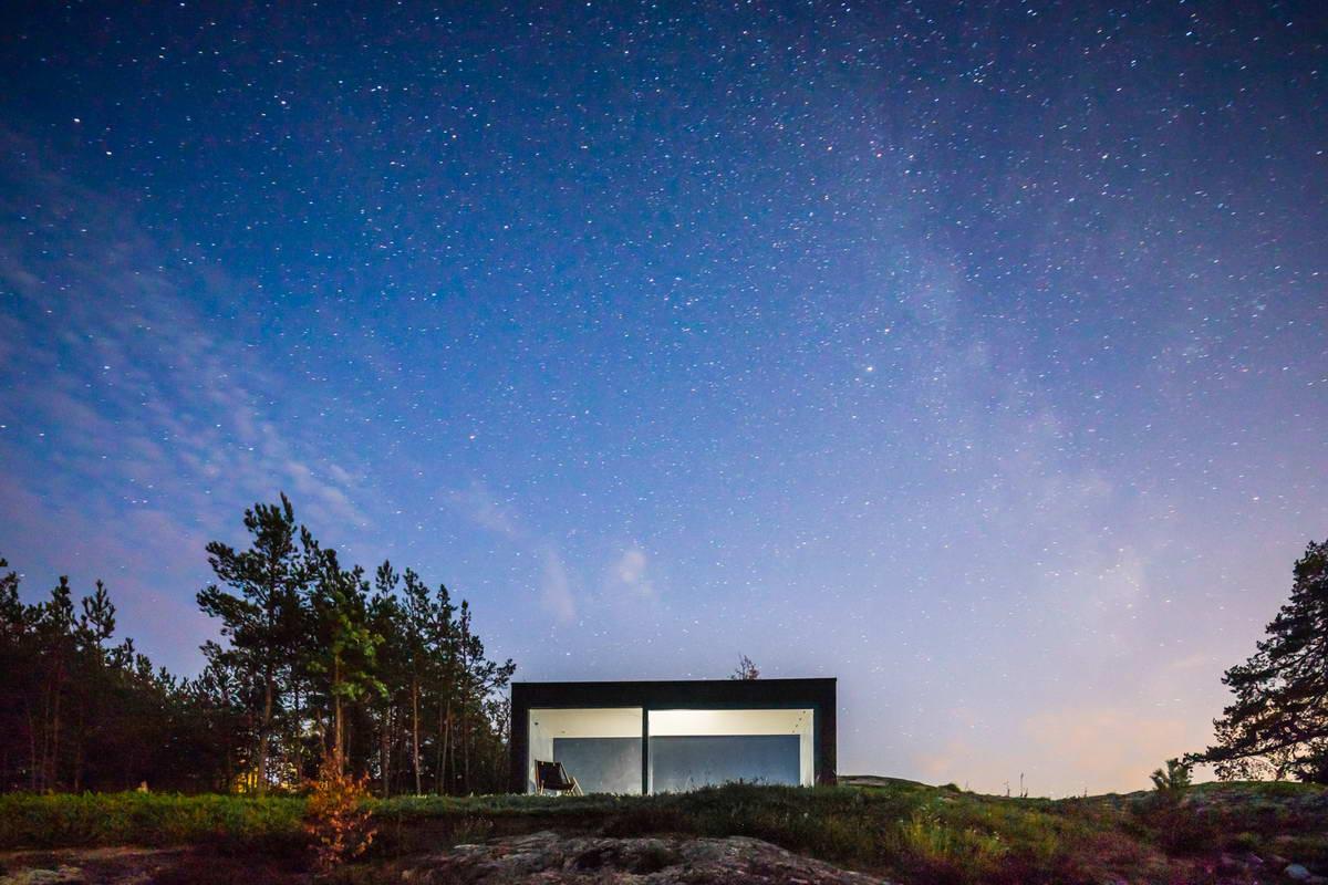 Маленькая чёрная сауна в Швеции