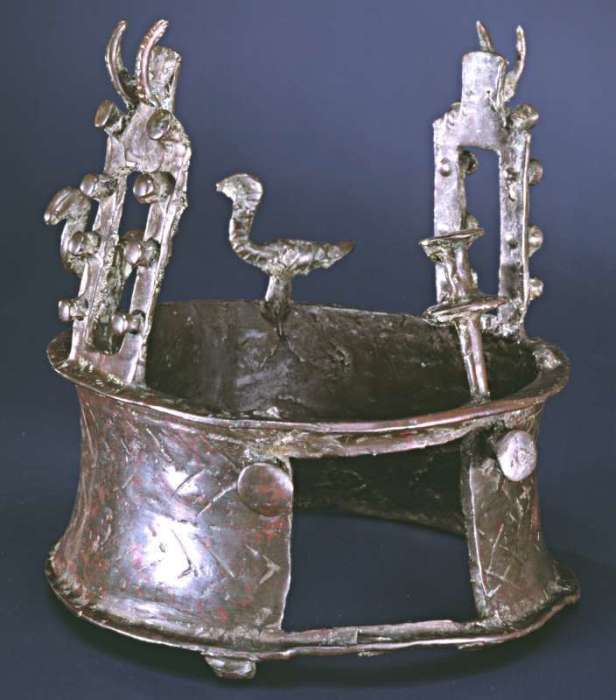 Тайна самой древней в мире короны