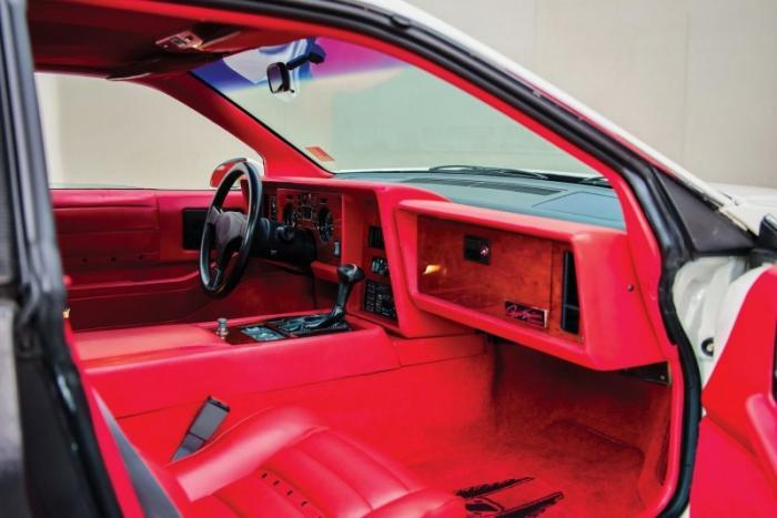 Zimmer Quicksilver 1986 года, созданный из Pontiac Fiero