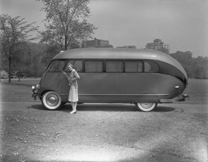 Кемпер Western Flyer 1941 с сумасшедшим дизайном из прошлого века