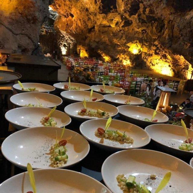 Ресторан, расположенный в древней пещере Ла Крута