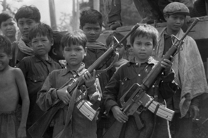 Дети в армии: трагедии минувших лет