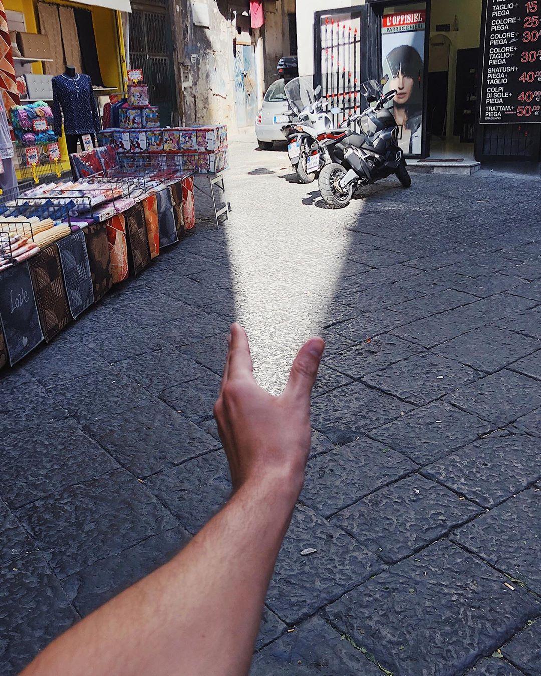 Креативные уличные снимки с иллюзиями от Тиаго Силва